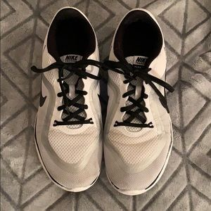 Nike's shoes